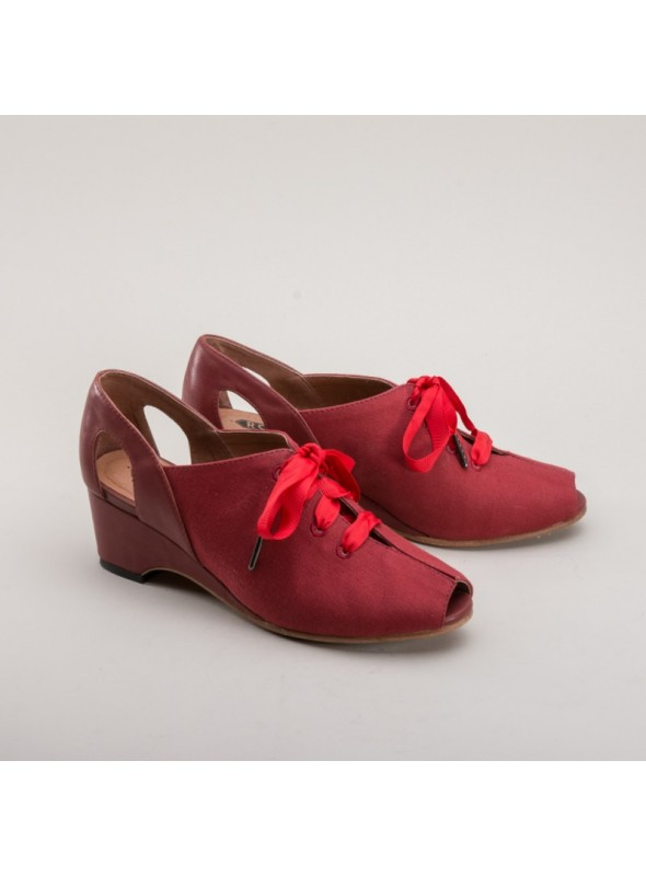 Daphne Retro Wedge Sandals in Red by Royal Vintage Shoes
