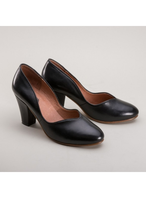 Marilyn 1940s Pumps in Black by Royal Vintage Shoes