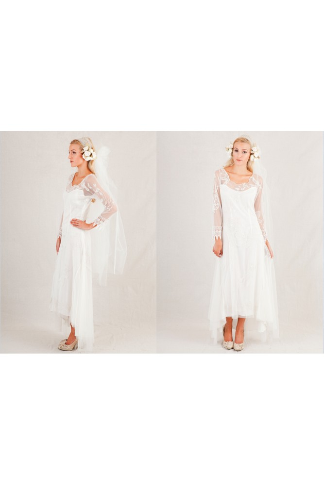 1940s Style Wedding Dresses and Accessories Georgia Wedding Veil by Nataya $375.00 AT vintagedancer.com