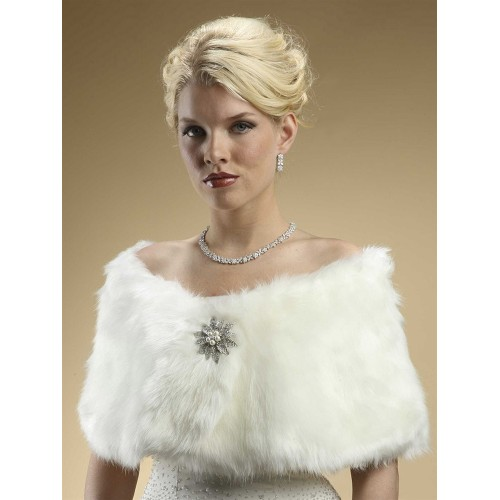 Faux Fur Bridal Wrap with Ivory Cream Fox