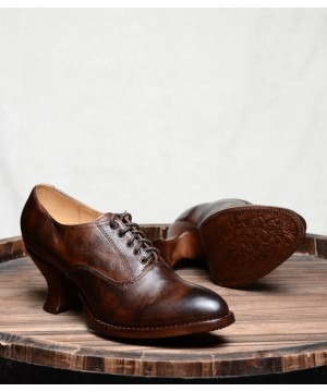 Victorian Style Leather Lace-Up Shoes in Teak Rustic