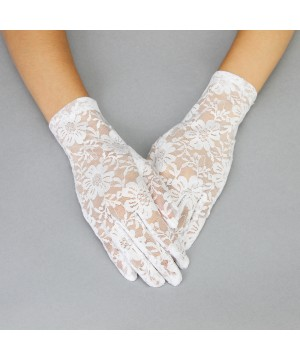 Graceful in Lace Lady Mary Gloves in White