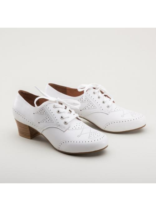 Claire 1940s Oxfords in White by Royal Vintage Shoes